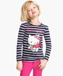 Mis hijas están fascinadas con Hello Kitty (le dicen Kitty cat!). En H&M venden dos camisetas por 18 dólares.