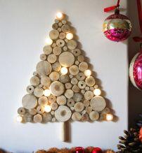 Esta propuesta es de Design Kitchens Atlanta y consiste en troncos de leña cortados e iluminados. Una idea muy original pero que requiere de mucha dedicación.