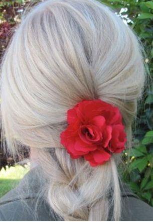 Flor para el cabello - 6 dólares en amazon