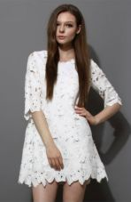 Flower Cut Crochet Dress Chicwish.com. 49 dólares
